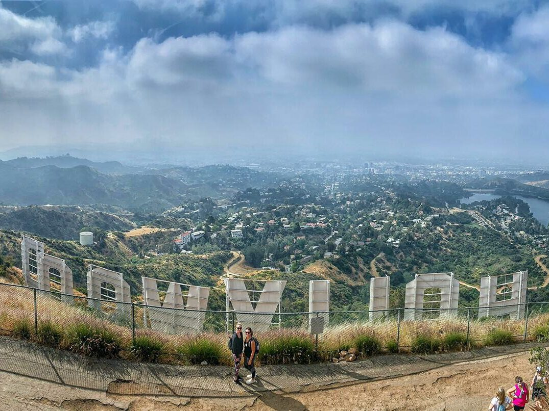 hiken hollywood sign